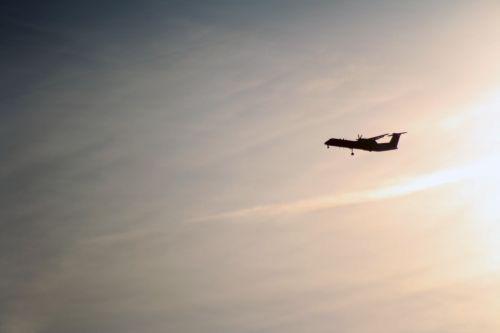 aircraft approach sun