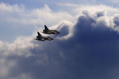 aircraft planes sky