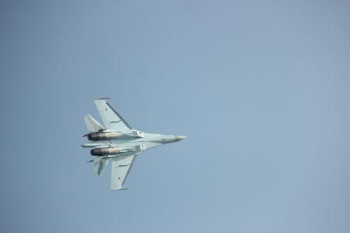 aircraft,airshow,fighter,aerobatic,aircraft material,airshow airplane show,zhuhai airshow