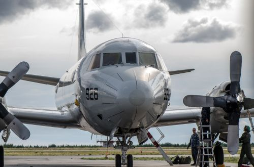 aircraft p-3 orion