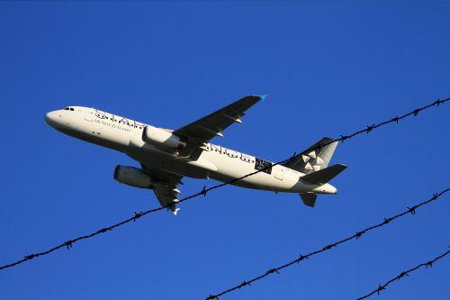 aircraft take-off air new zealand airbus
