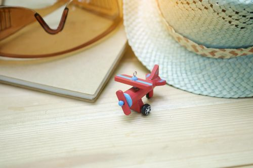 airplane toy eyeglasses