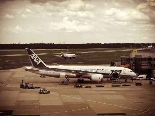 airport aircraft travel