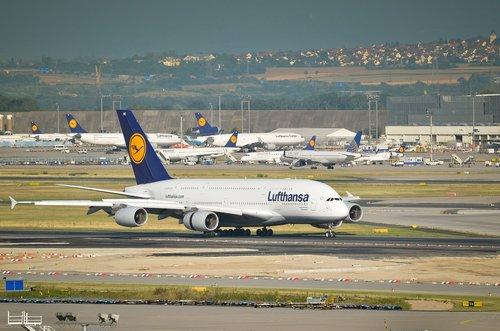 airport  frankfurt  fra