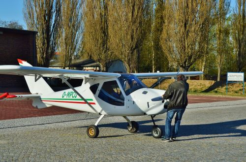 airport microlight check