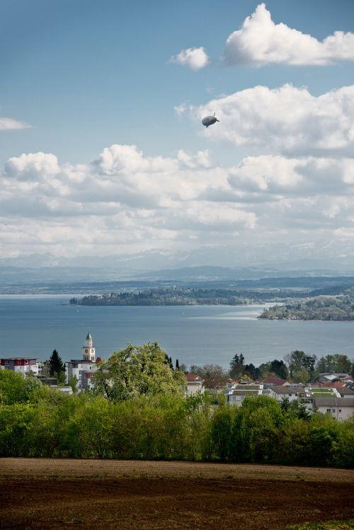 airship zeppelin lake constance