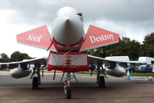 airshow aircraft military