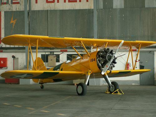 airshow biplane former