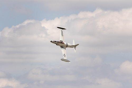 airshow  fighterjet  jet