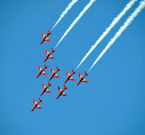 airshow fighter jets aerobatic