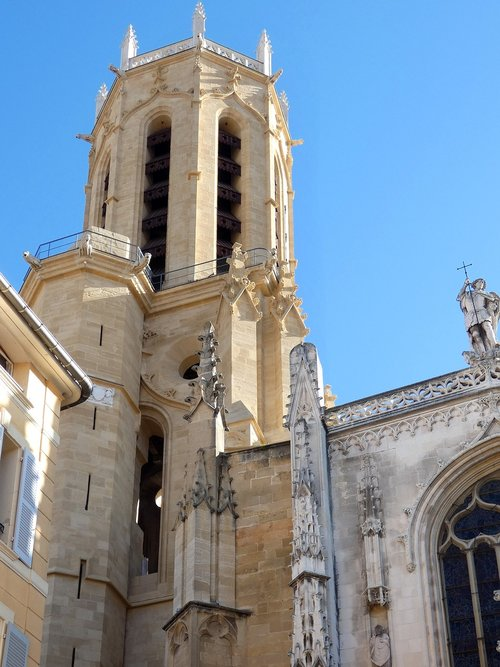 aix-en-provence  cathedral  st-sauveur