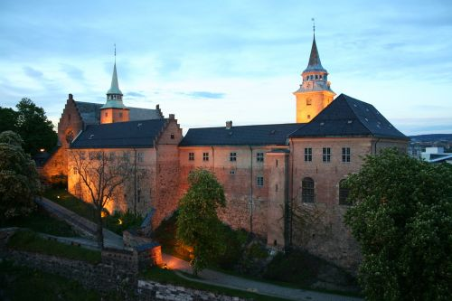akershus,fortress,at night,norway,akershus fortress,building,historically,architecture,oslo,landmark,places of interest,castle,tourist attraction,city,visitoslo,port,akershus festning