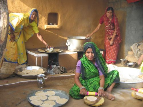 akshaya patra rajasthan mid-day meal in rajasthan decentralized kitchen