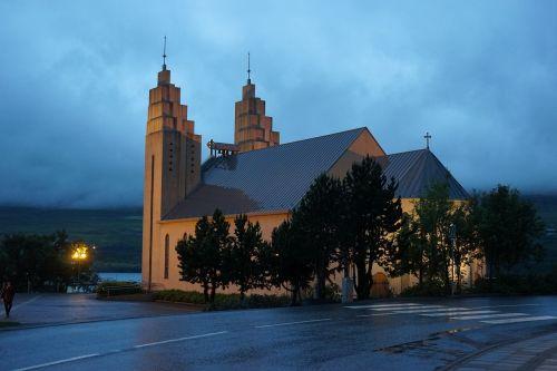 akureyri church iceland