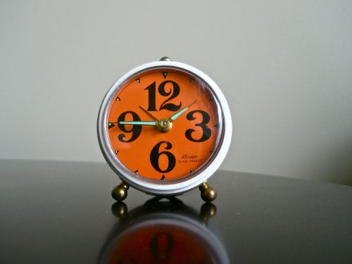 alarm clock manual alarm clock vintage