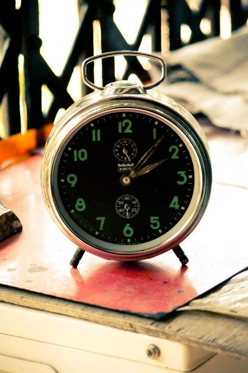alarm clock time countdown