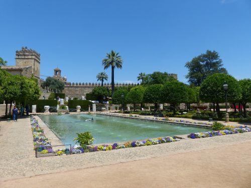 alcázar de los reyes cristianos park palace