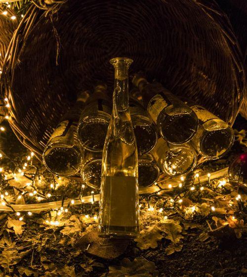 alcohol medieval market spirit