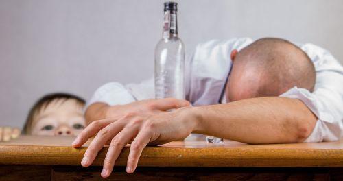 alcoholic alcohol alcoholism