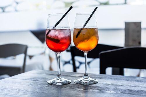 alcol aperitivo happy hour