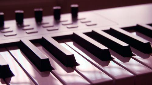 alesis keyboard piano