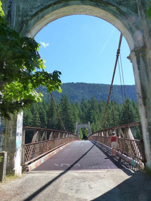 alexandra bridge bridge building