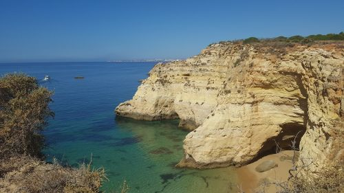 algarve sea rock