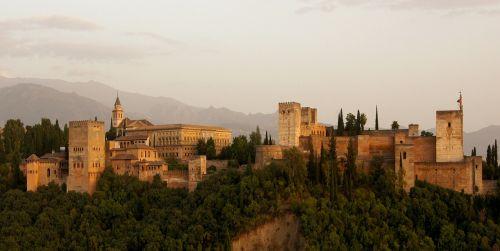 alhambra castle building