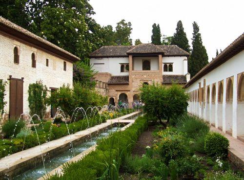 alhambra granada garden