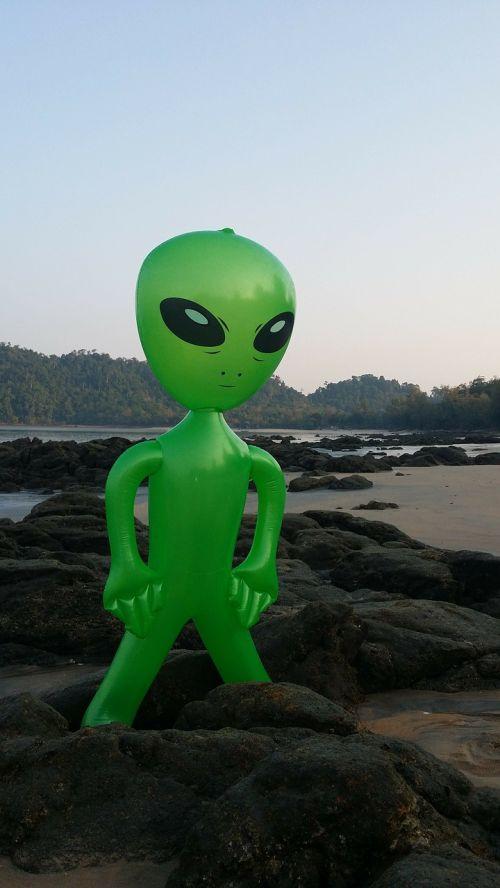 alien alie mars male