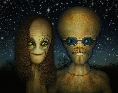 alien  couple  extraterrestrial