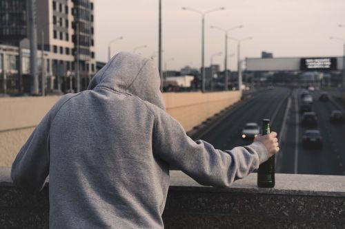 alkoghol narkomaniia paghubnaia privychka