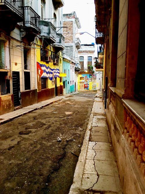 alley old havana paintings