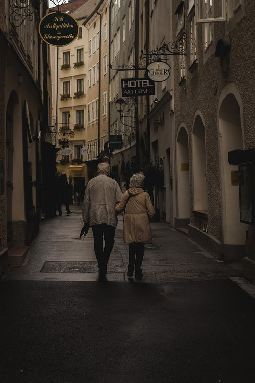 alley  seniors  life