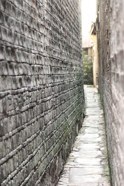 alleyway china narrow