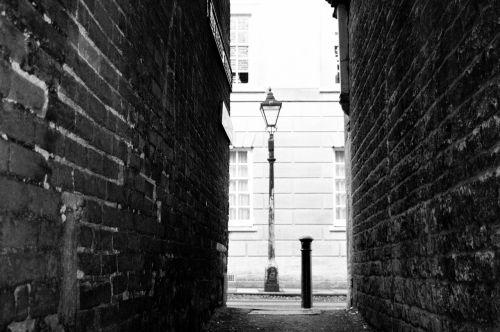 alleyway lamp alley