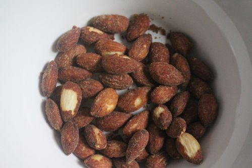 almond nut nut snack