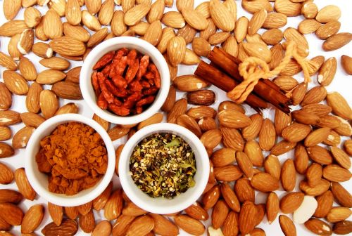almonds cinnamon spices