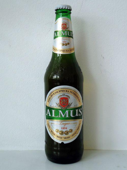 almus lager beer