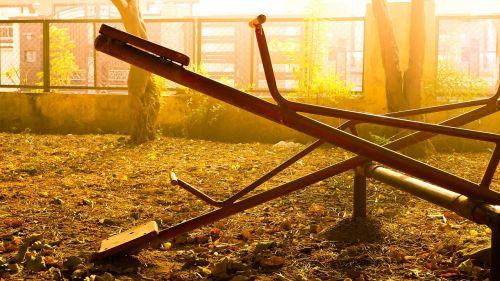 vienas,tuščia,aukso geltona,vienatvė,vienišas,saulėtekis