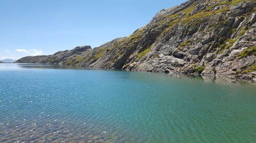 alpes huez lake azur