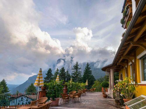 alpine tyrol hotel