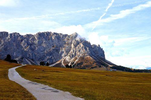 alpine mountains dolomites