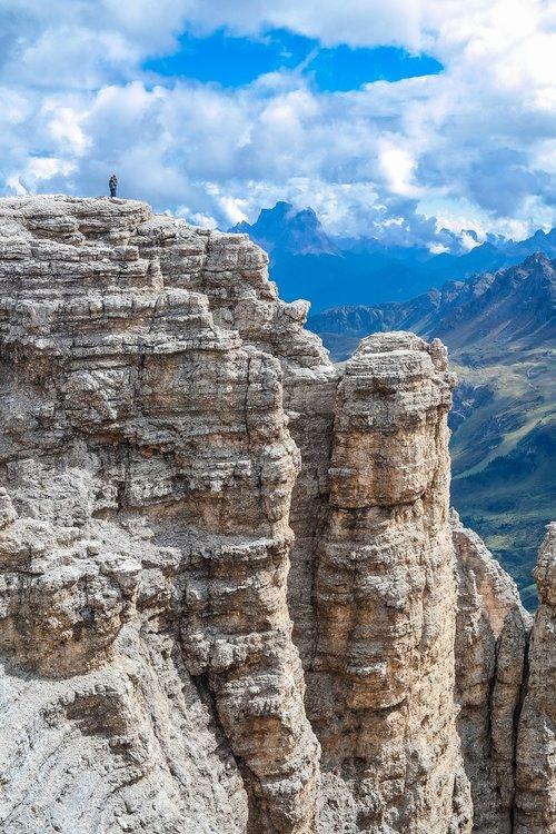 alpine  dolomites  abyss
