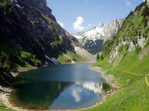 alpine mountains hiking