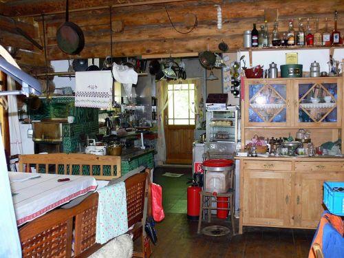 alpine hut kitchen koppentraun