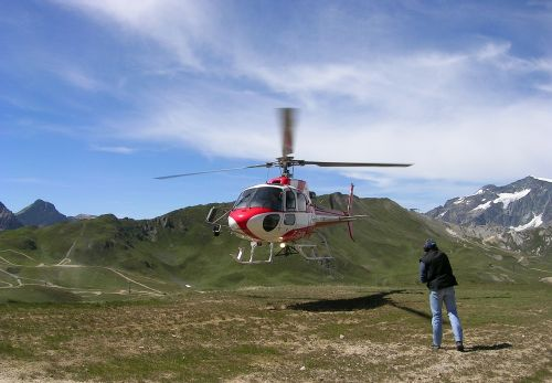 alps val d ' isère helicopter