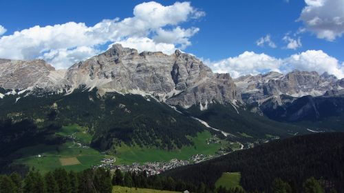 alta badia dolomites alps