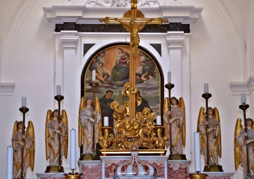 altar angel church