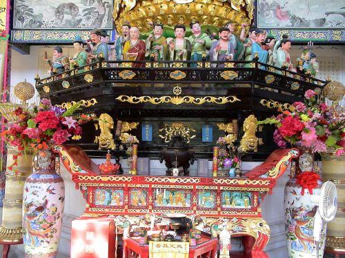altar figures china
